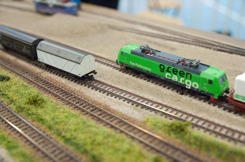 Träff i Danska Hellerup vintern 2015 Europeisk N-skala Green Cargo vänta på klart spår i Båstad